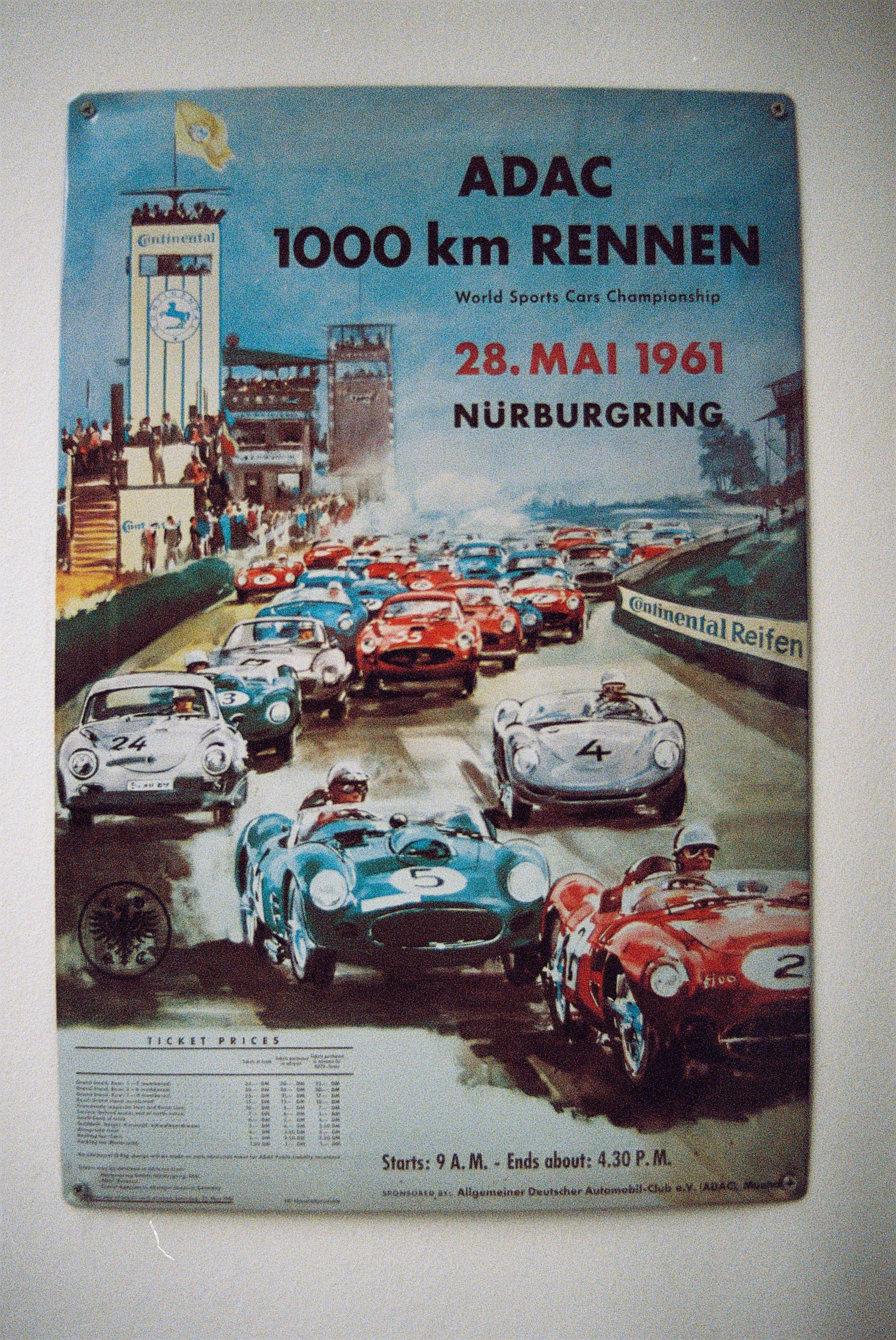 1. Plakatwerbung für Autorennen auf dem Nürburgring 1961.